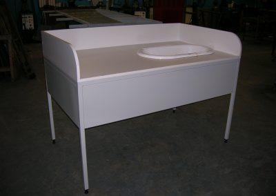 Table à langer acier et bois, baignoire fonte
