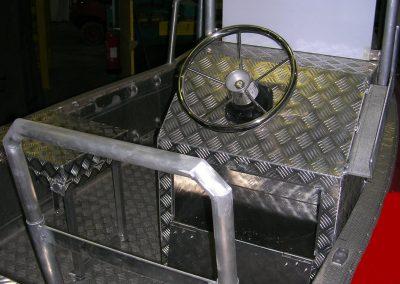 Aménagement de bateau en aluminium à damier