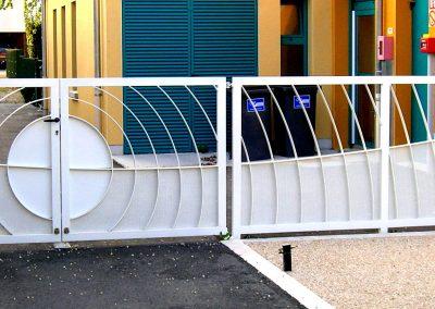 portail acier peint